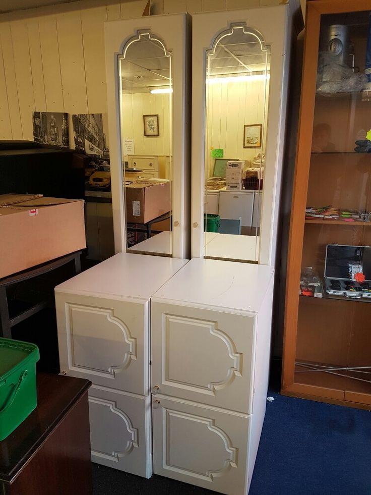 Scheiber bedroom set wardrobes and over bed cupboards solid set £100 can deliver UK sold
