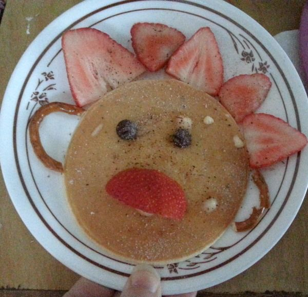 Happy Pancake Face and Cloudy with a chance of Meatballs 2 movie review