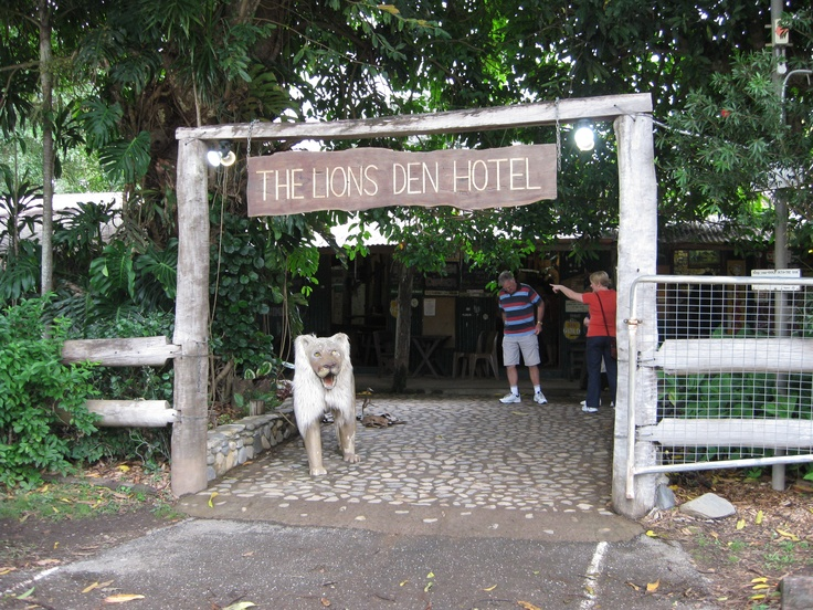 The Lions Den - a remote Cape York pub. / The poor lion at the entrance is looking a bit worn as he is stroked by everyone who enters.