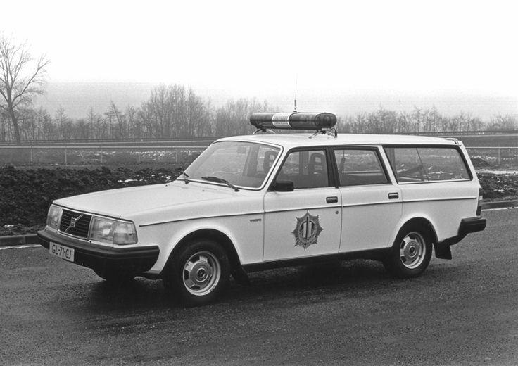 Dutch - 1981 Volvo 245 DL