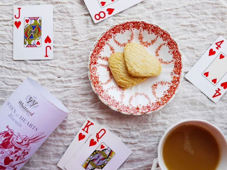 Afternoon Tea with Alice in Wonderland | Whittard