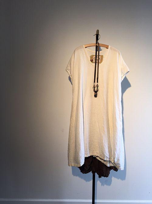 """Pattern tunica Posso solo dire ... questo è un modello semplice, un vestito semplice, ma è semplicemente un pezzo dinamica e versatile per il vostro guardaroba. Oh mio Dio! Gettare questo sopra una scivolata volant, pantaloni o gonna, o anche su un altro vestito! E vi sentirete come un milione di dollari! Scegli la biancheria morbida di prato morbido e voile in cotone! Si adatta Oversize, vestito largo. I piccoli si adatta 2-8 fino a 44 """"busto, di medie dimensioni 10-16 e 50"""" busto e L è…"""