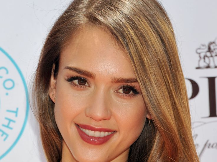 Jessica Alba (born April 28, 1981) is a #MexicanAmerican television and film actress and model. She began her television and movie appearances at age 13 in Camp Nowhere and The Secret World of Alex Mack (1994). Alba rose to prominence as the lead actress in the television series Dark Angel (2000–2002). She has appeared in various films, including Honey (2003), Sin City (2005), Fantastic Four (2005), Into the Blue (2005), Fantastic Four: Rise of the Silver Surfer and Good Luck Chuck both in…