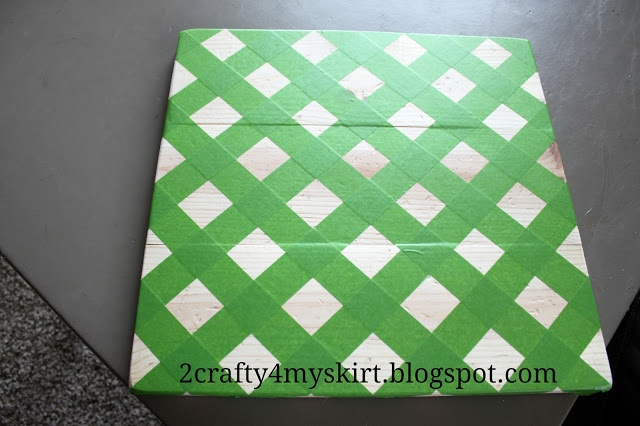 How to tape off the perfect chevron pattern! So glad I found this!!!