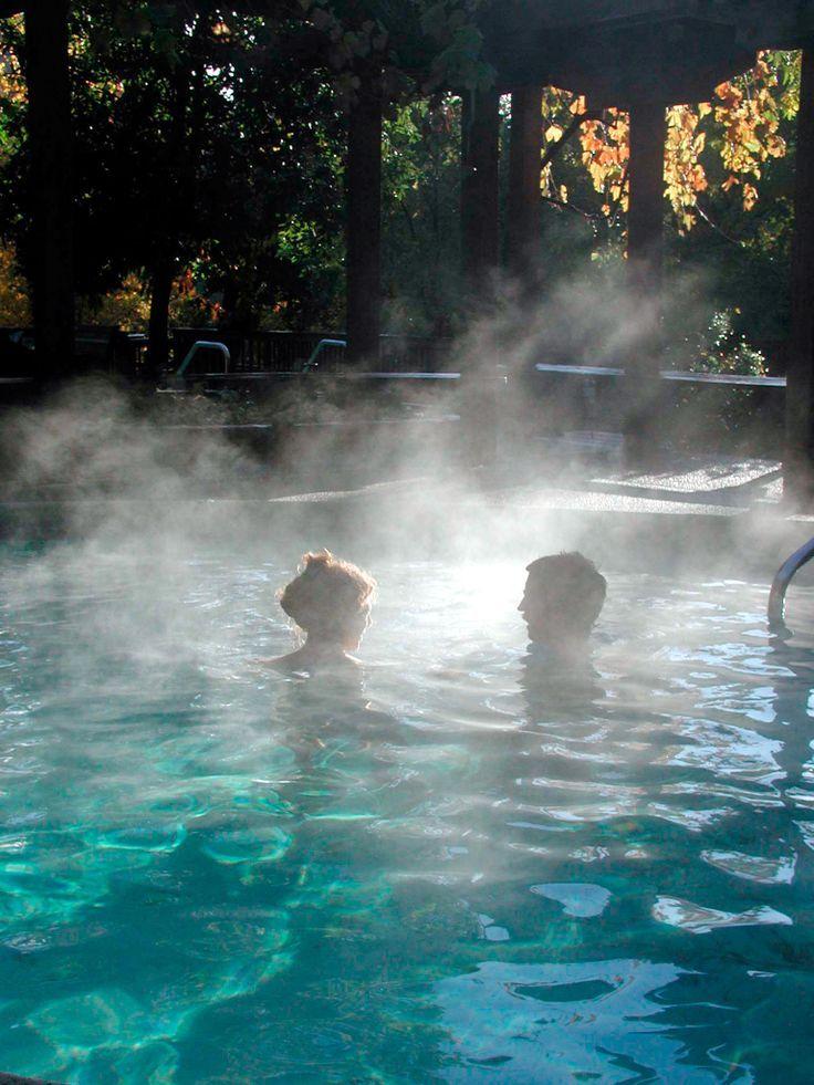 Quale modo migliore per rifugiarsi dalla pioggia... se non con una bella serata alle Terme? http://www.hotelreve.com/