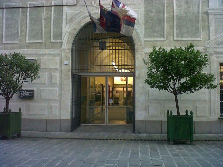 """La Fondazione Genoa presenta la mostra """"Non solo rossoblù. Oltre un secolo di seconde maglie"""" Aperta al pubblico dal 24 ottobre 2015 al 28 febbraio 2016"""