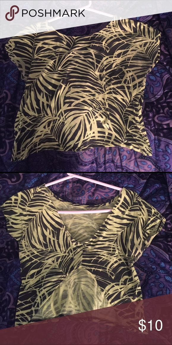 Neon shirt sleeve shirt This is a bright neon shirt sleeve shirt with a slightly open back. It is slightly washed out but still neon. Forever 21 Tops Crop Tops