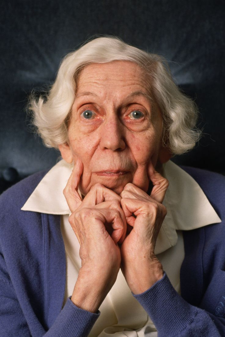 one writers beginnings eudora welty Eudora welty, one writer's beginnings there's still a strange moment with every book when i move from the position of writer to the position of reader, and i suddenly see my words with the eyes of the cold public.