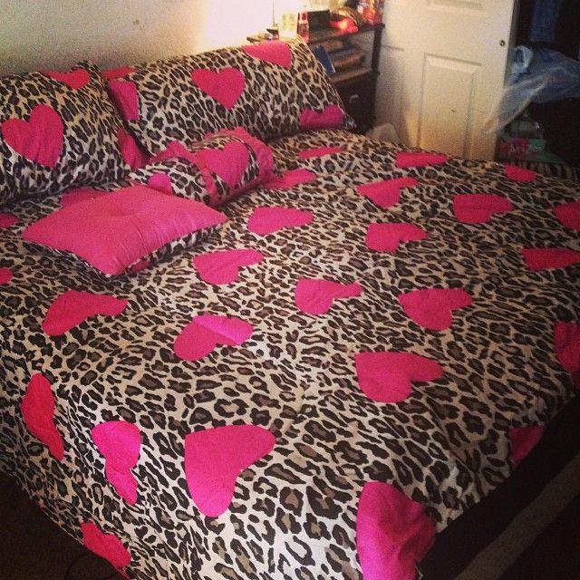 Best 25 cheetah print bedding ideas on pinterest cheetah bedding cheetah print rooms and - Cheetah bedspreads ...