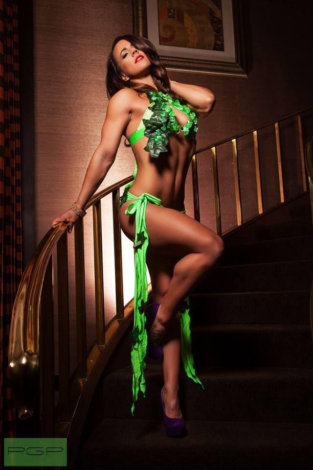 Costume: Poison Ivy Model: Bethany Nelson Hair & Make up ...