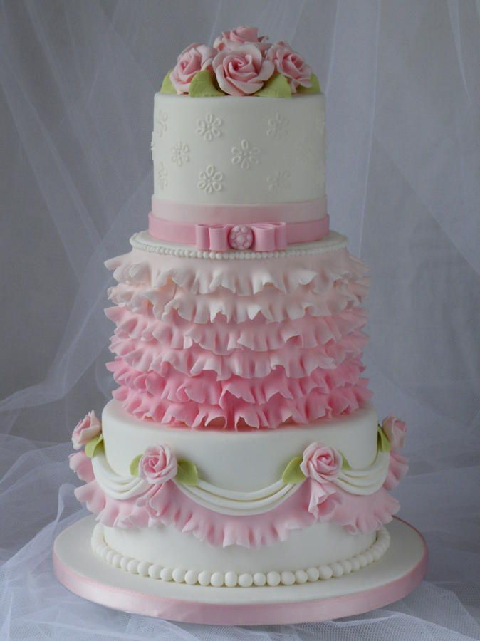 Pink and white cake ~ <3