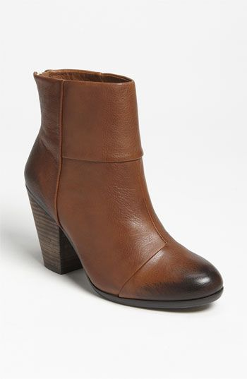 Vince Camuto 'Hadley' BootieOnline Exclusively, Fashion Shoes, Nordstrom Online, Shoes Fashion, Nsale Nordstrom, Vince Camuto Hadley Bootie, Booty Nordstrom, Booty Online, Hadley Booty