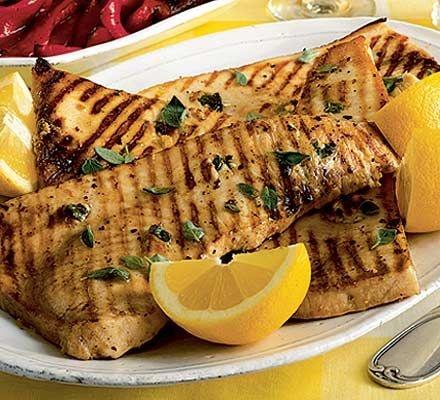 pescado espada a la parilla con especias