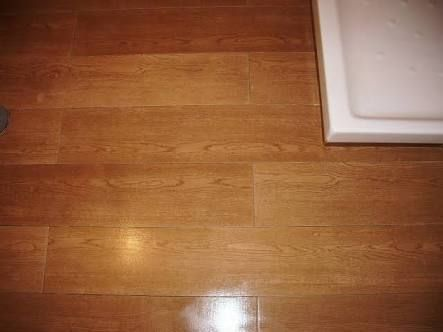 Best 25 pisos imitacion madera ideas on pinterest baldosa en imitaci n de madera pisos and ba o - Ceramicos imitacion madera ...
