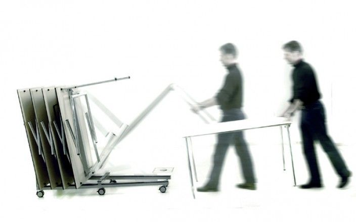 Four®Learning - By Four Design - Four®Learning is your evident choice for a foldable table in a functional and aesthetic design. The table is easily folded by one person, and two integrated castors let you handle the table without effort.