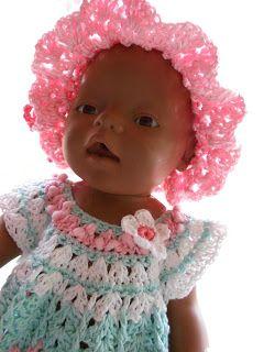 Ein passendes Mützchen zum Puppenkleid soll es sein?     Dann ist diese Mütze gerade richtig. Sie sieht aus wie ein luftig leichter Sommerhu...