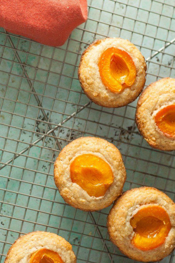 Apricot Almond Muffins | Blossom to Stem | Because Delicious | www.blossomtostem.net