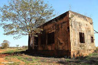Fotografias e Viagens: Lugares Abandonados - Estações de Trem