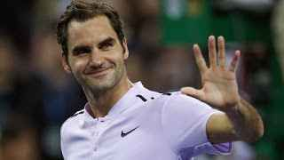 TENNIS GRAND SLAM : ATP FINALS , LONDRA : ROGER FEDERER BATTE ALEXANDER ZVEREV E VOLA IN SEMIFINALE Roger Federer si è qualificato per le semifinali alle Atp Finals di scena alla O2 Arena di Londra. Nella serata di ieri il fuoriclasse svizzero si é imposto, per 7-6(6) 5-7 6-1, dopo ... #tennis #grandslam #federer #londra
