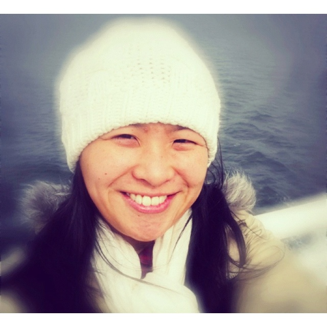Mee on ferry to the island for a crafty weekend~~