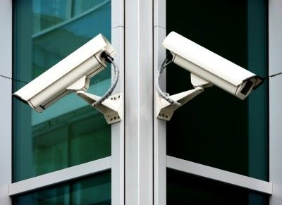 surveillance cameras...How to aviod being tracked or staying off the grid...think like a spy stuff