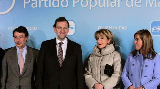 """La presidenta del PP de Madrid, Esperanza Aguirre, ha felicitado estas Navidades con un mensaje donde ha destacado el carácter """"universal"""" de la fiesta, y ha ensalzado los valores del cristianismo preguntándose el """"interés"""" por parte de los """"políticos de la izquierda"""" de """"erradicar"""" la religión de las aulas."""