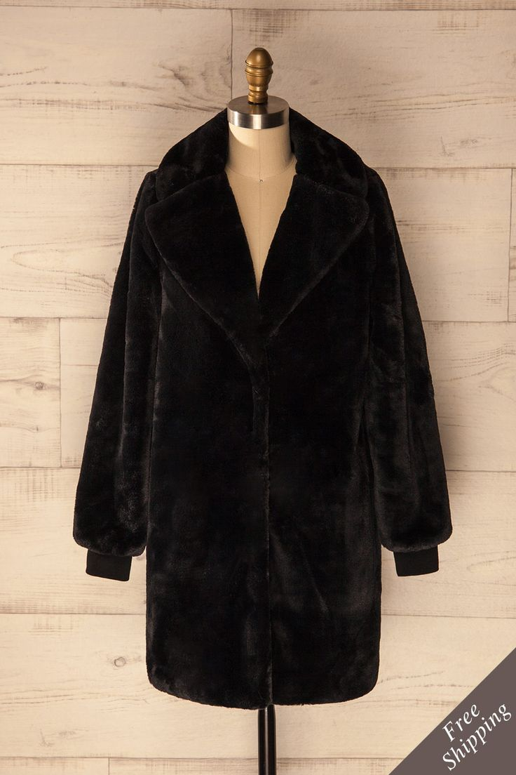 Pierrefeu - Black faux fur coat with long sleeves