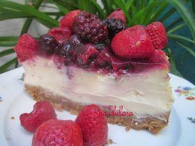 Cheesecake delicioso con frutos rojos Esta es la receta básica de cheesecake