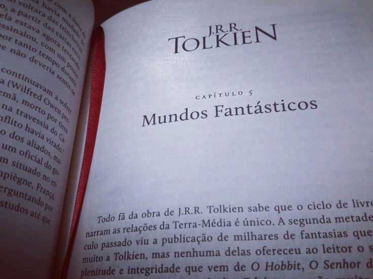 Deixando a Primeira Guerra Mundial e as grandes dificuldades da infância e juventude do Mestre J. R. R. Tolkien para desembarcar nas praias de prata da Terra-Média! ☺ 📖📚  #LeituraComoEstiloDeVida #AmoLeitura #livroseleitura #Leitura #AmoLivros #livros #Blogueiro #osenhordafantasia #MichaelWhite #Tolkien #Ler #Literatura #Darkside