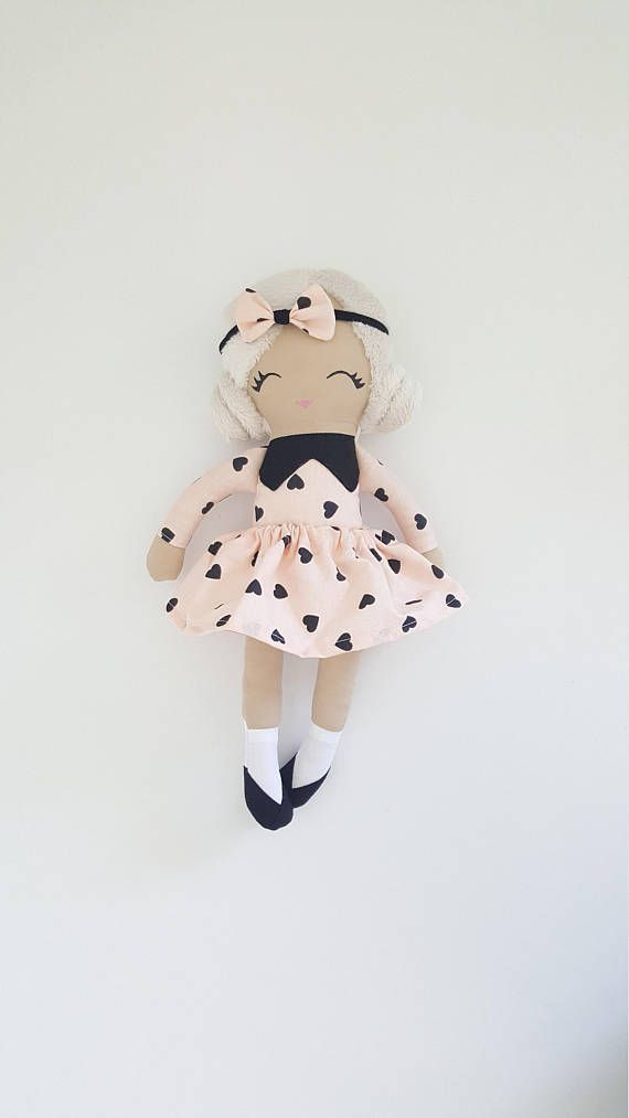 Check out this item in my Etsy shop https://www.etsy.com/listing/517094338/handmade-fabric-rag-doll
