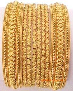 gold-bangles-set <3
