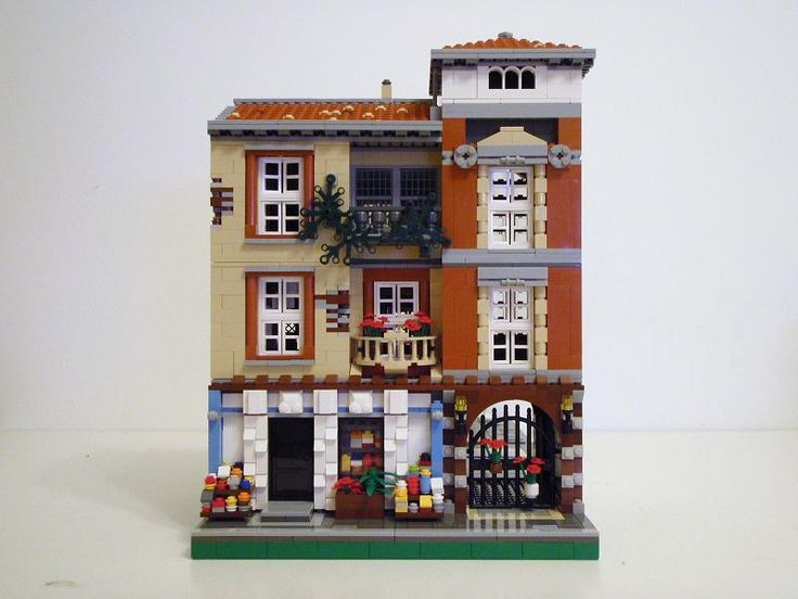 Brick Town Talk: The Spanish Green Grocer - LEGO Town, Architecture, Building Tips, Inspiration Ideas, and more!