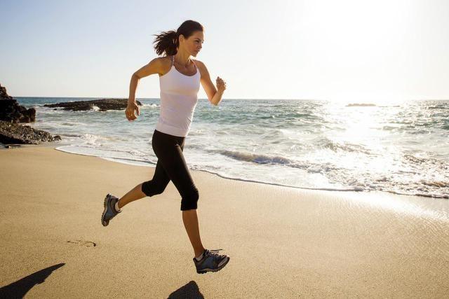 7 Tips for Running on the Beach: Start on wet sand.