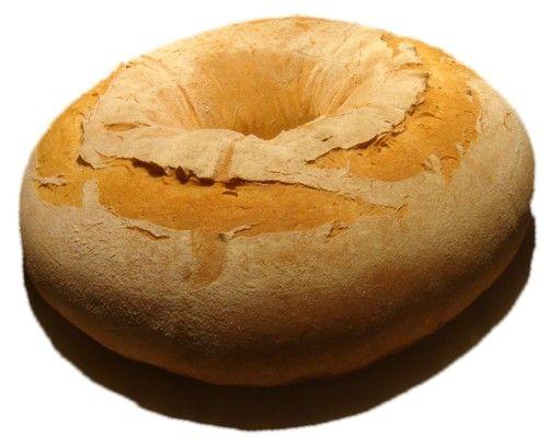 ГОСТы этот хлеб назвали калачом. Вот, поэтому я его так и сделал, хотяподобное в России не видел. Пахнет сливочным маслом и молоком. Мука пшеничная 1-го сорта - 500…