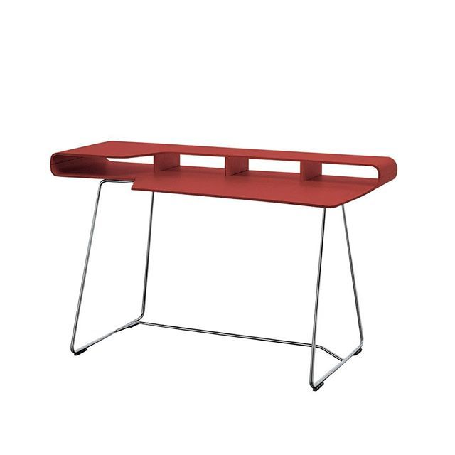 #British #designers #EdwardBarber & #JayOsgerby first met while studying architecture at London's Royal College of Art. They created the first prototype for their #loop coffeetable while students, and put it into production after graduating, forming their studio @barberosgerby.  The  Loop desk was created in #1998. Like other #furniture in the #loop range, the #desk features moulded #birch #plywood that has been cleverly folded to create a design that is #beautiful in its #simplicity while…