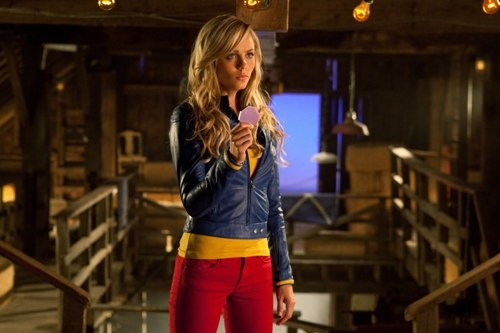Smallville - Supergirl - Kara    I want that outfit...so simple yet so supermany