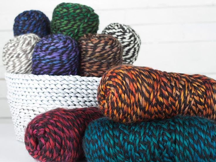 What do you get when you combine trendy tweed style with chunky yarn? A fabulous skein that flies off your needles! 100% acrylic and easy-care, this sensationally soft yarn is available in 8 lovely shades.