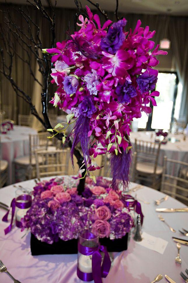 love love love: Idea, Weddings Centerpieces, Flower Centerpieces, Decoration, Purple Weddings Flower, Purple Centerpieces, Centers Piece, Wedding Centerpieces, Purple Flower