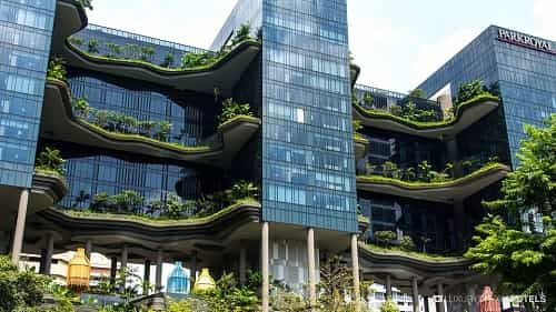 10 Most Stunning Buildings in the World 2017