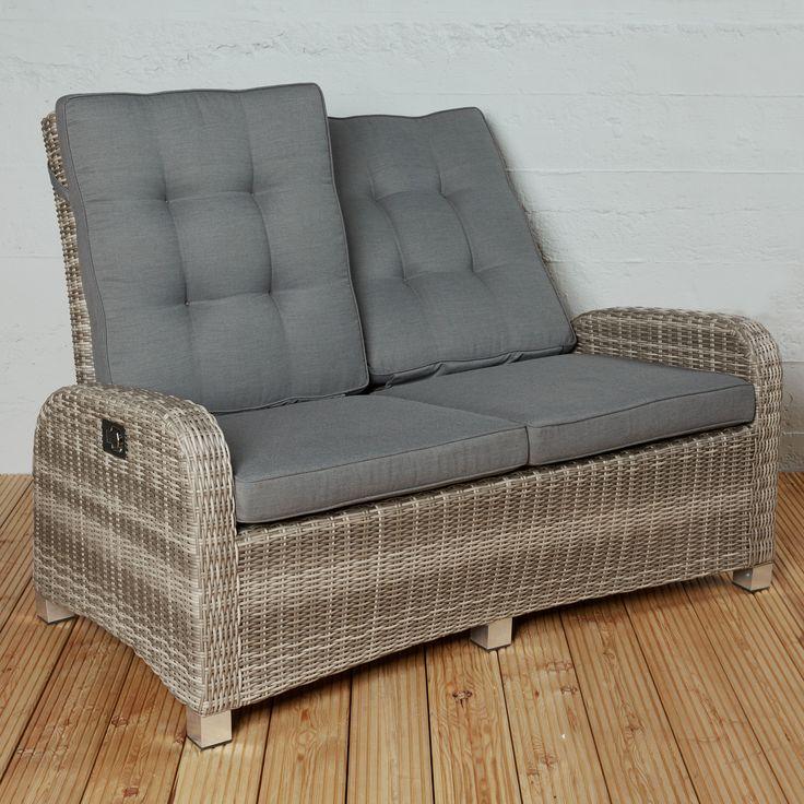 wohnzimmer feeling im garten 2 sitzer sofa aus polyrattan mit verstellbarer r ckenlehne. Black Bedroom Furniture Sets. Home Design Ideas