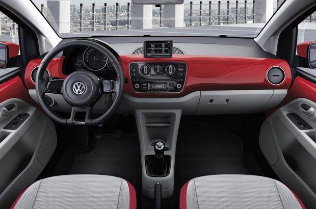 Volkswagen Up ! tableau de bord rouge #volkswagen #up #citadine #voiture
