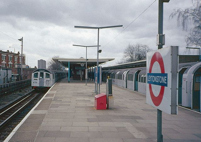 Leytonstone station, Central Line, about 1992 | Flickr - Photo Sharing!