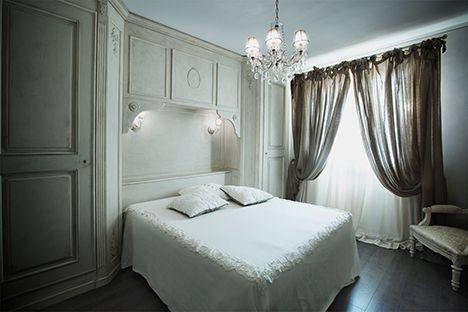 Realizzazione e recupero mobili in stile provenzale, tende