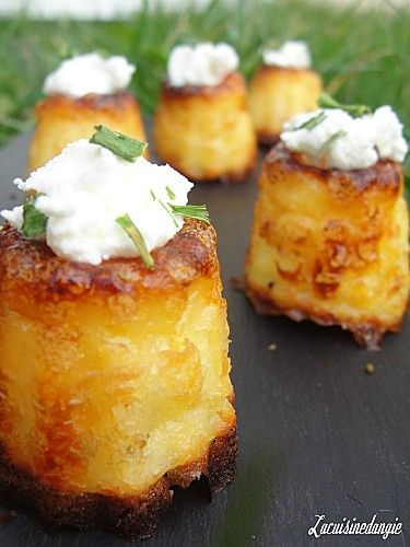Cannelés au chèvre (Fluted Goat)- Baked Goats Cheese