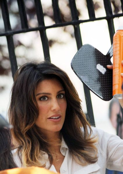 HairTalk®: Beautiful People, Beautiful Hair > Celebrity Hair Talk > Jennifer Esposito > Page 1