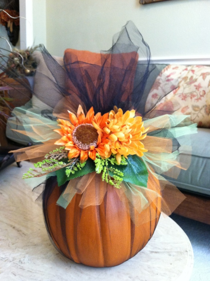 17 best images about fall on pinterest dovers yellow for How to decorate a pumpkin for thanksgiving