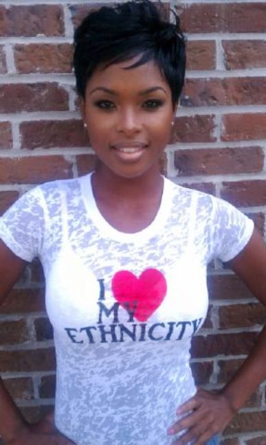 Beautiful Black women and cute hair cut. http://thepopc.com/inspirational-quotes-black-women/