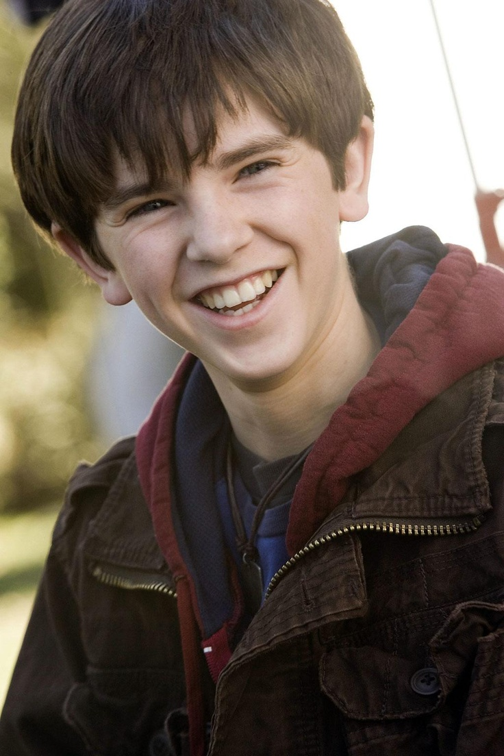 freddie highmore from Spiderwick Chronicles, August Rush, and Charlie in the Chocolate Factory