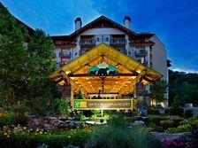 Gatlinburg Hotels - Holiday Inn Club Vacations Gatlinburg-Smoky Mountain Hotel in Gatlinburg | Best Price Guarantee or First Night Free