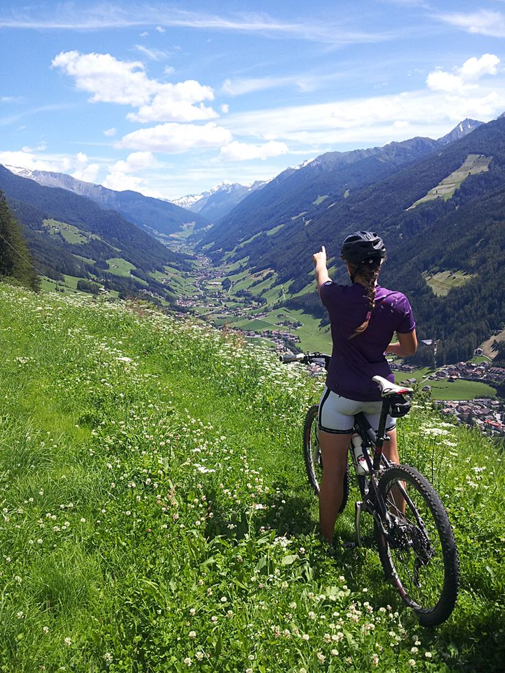 Blick ins Ahrntal - Vista verso la Valle Aurina #Kronplatz #Ahrntal #ValleAurina